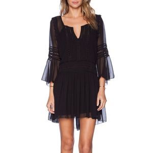 Tularosa Creseda Bell-Sleeve Shift Dress w/ Lace